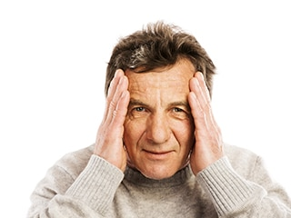 dealing with dementia behaviors of elderly man showing delusions and confusion